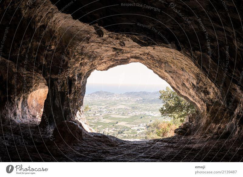 Black Cave Ferien & Urlaub & Reisen Tourismus Ausflug Abenteuer Ferne Freiheit Sightseeing Expedition Sommerurlaub Insel Natur Schönes Wetter Feld Hügel Felsen