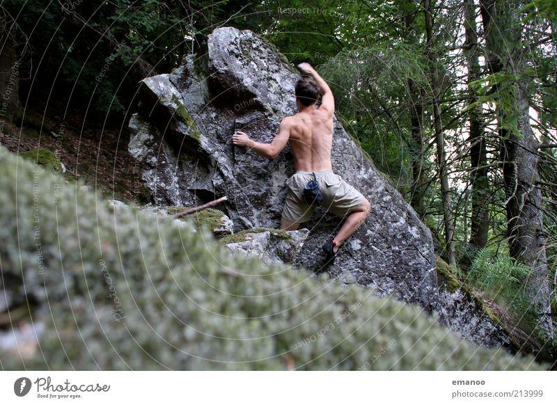 rock artist Mensch Mann Natur Jugendliche Ferien & Urlaub & Reisen Wald Sport Berge u. Gebirge Bewegung Freiheit Stein Landschaft Kraft Körper Erwachsene