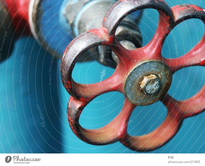 Schraube Wasser blau rot Wasserfahrzeug Technik & Technologie Rost Schraube Wasserhahn Elektrisches Gerät