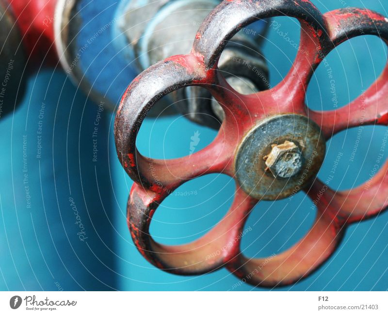 Schraube Wasserfahrzeug rot Wasserhahn Elektrisches Gerät Technik & Technologie blau Rost