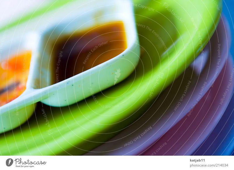 Sushiland blau weiß grün Ernährung Lifestyle rund Kunststoff violett Appetit & Hunger Geschirr Teller Stapel Schalen & Schüsseln Saucen Sushi aufeinander