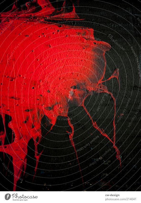 BLOODY MONDAY rot schwarz dunkel Wand Traurigkeit Farbstoff Mauer Graffiti Schilder & Markierungen Fassade verrückt gefährlich bedrohlich Zeichen gruselig
