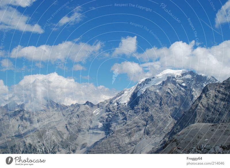 Blauer Montag Umwelt Natur Landschaft Luft Himmel Wolken Sommer Schönes Wetter Felsen Alpen Berge u. Gebirge Gipfel Schneebedeckte Gipfel Stein außergewöhnlich