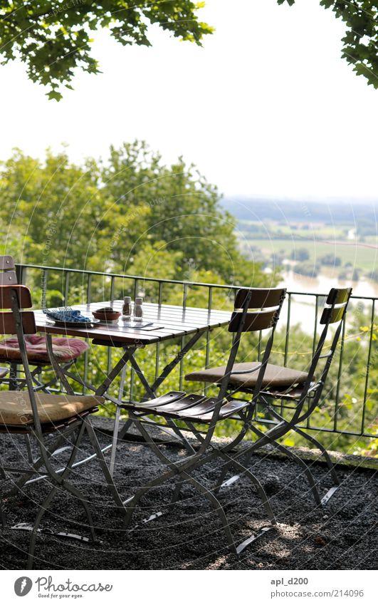 Aussichtsreich Ernährung Geschirr Teller Lifestyle Freizeit & Hobby Ferien & Urlaub & Reisen Sommer Garten Restaurant ausgehen atmen authentisch schön braun