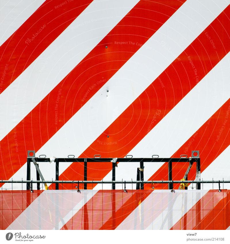 achtung Baustelle Zeichen Schilder & Markierungen Hinweisschild Warnschild Verkehrszeichen Linie Streifen authentisch einfach frisch modern neu positiv rot weiß