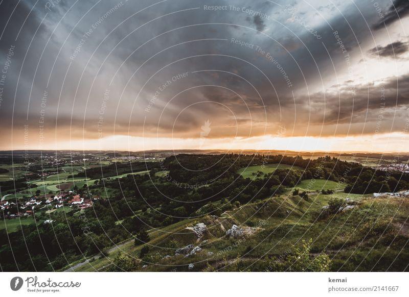 Abendhimmel überm Schwabenland Lifestyle Sinnesorgane Erholung ruhig Freizeit & Hobby Ausflug Abenteuer Ferne Freiheit Sommer wandern Natur Landschaft Himmel