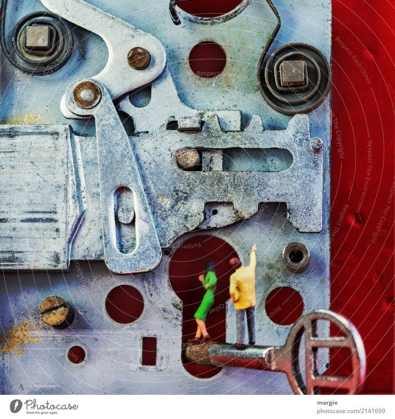 Miniwelten - Schlossherr Werkzeug Technik & Technologie Mensch maskulin feminin Frau Erwachsene Mann 2 Haus Traumhaus rot silber Schlüssel Eingangstür