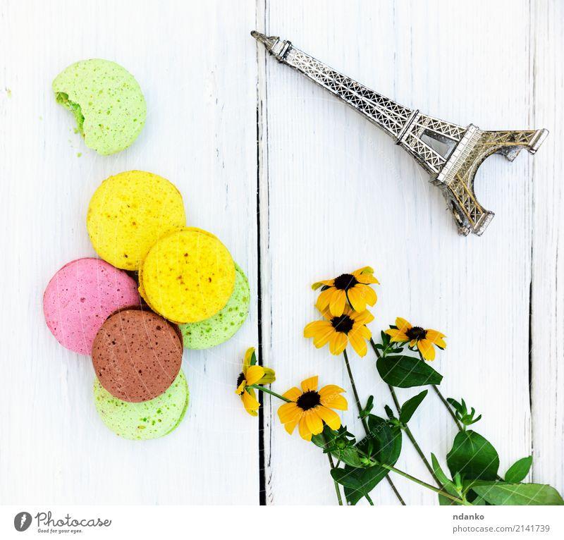 Mehrfarbige Gebäck macarons Dessert Süßwaren Gastronomie Blume hell lecker braun gelb grün rosa weiß Tradition farbenfroh Hintergrund Macaron süß Kuchen