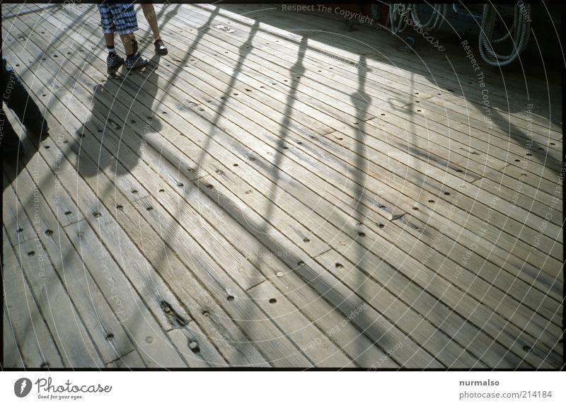 Leichtmatrosen an Deck ! Mensch Meer Ferien & Urlaub & Reisen Paar Linie Stimmung Umwelt Seil Ausflug ästhetisch Tourismus entdecken leuchten Schifffahrt Muster
