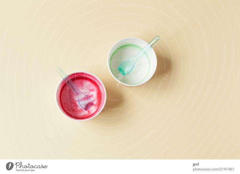 Sommerende Lebensmittel Dessert Speiseeis Süßwaren Ernährung Essen Schalen & Schüsseln Becher Löffel Ferien & Urlaub & Reisen Sommerurlaub genießen lecker süß
