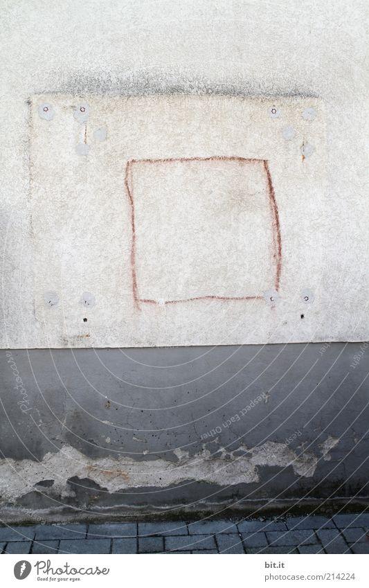 Rot ä Mal Design Renovieren Kunst Kunstwerk Subkultur Gebäude Mauer Wand Fassade Stein Beton Zeichen Schilder & Markierungen Graffiti Linie grau Armut