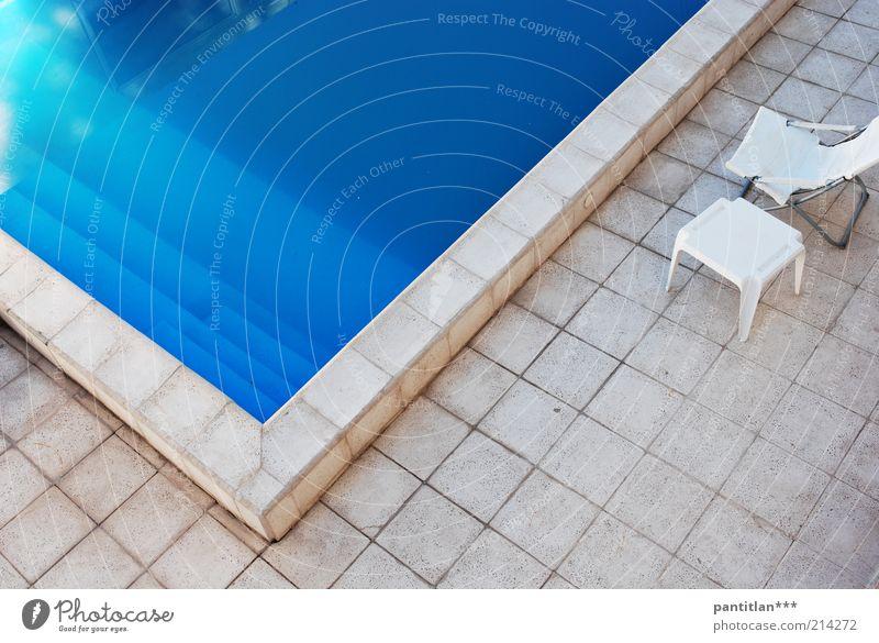 Uspallata Wellness Erholung ruhig Spa Ferien & Urlaub & Reisen Sommer Wasser Schönes Wetter Menschenleer Schwimmbad Terrasse Stein blau ästhetisch