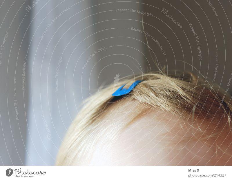 Diegoline Mensch Kind schön blau Haare & Frisuren Kopf Baby blond Kindheit Schmuck Kleinkind Pony Anschnitt verschönern Klammer Accessoire