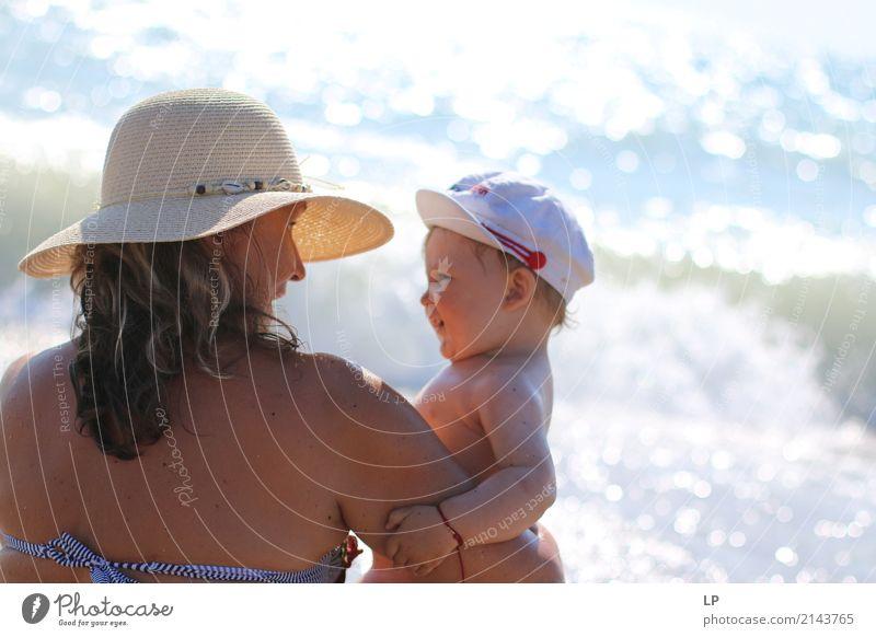 Konversation Mensch Kind ruhig Erwachsene Leben Lifestyle Liebe Senior feminin Familie & Verwandtschaft Freizeit & Hobby Häusliches Leben Zufriedenheit Kindheit