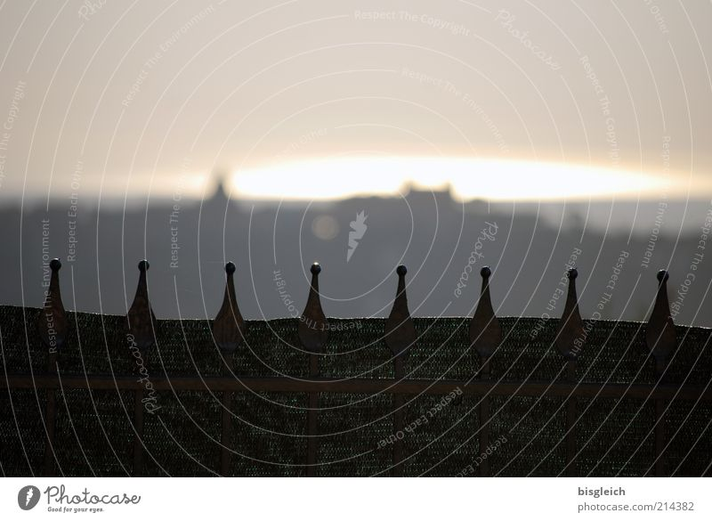 Castel Gandolfo / Italien ruhig grau Europa Italien Spitze Dorf Zaun Sehenswürdigkeit Metallzaun Castel Gandolfo