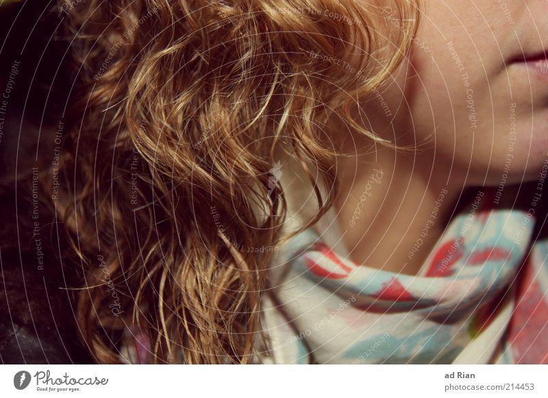 lockig II Frau Mensch Jugendliche schön Gesicht feminin Erwachsene Haare & Frisuren blond Haut elegant Lippen Locken drehen 18-30 Jahre trendy