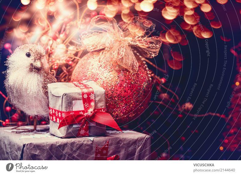 Weihnachtskarte mit Geschenke, Vogel und Weihnachtskugel Stil Design Winter Dekoration & Verzierung Feste & Feiern Weihnachten & Advent Kerze Ornament Stimmung