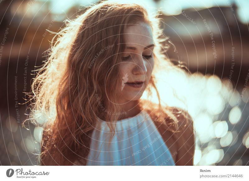 Sommerzeit - summer girl Mensch Ferien & Urlaub & Reisen Jugendliche Junge Frau Sonne Erholung ruhig Strand 18-30 Jahre Erwachsene Leben Gesundheit feminin