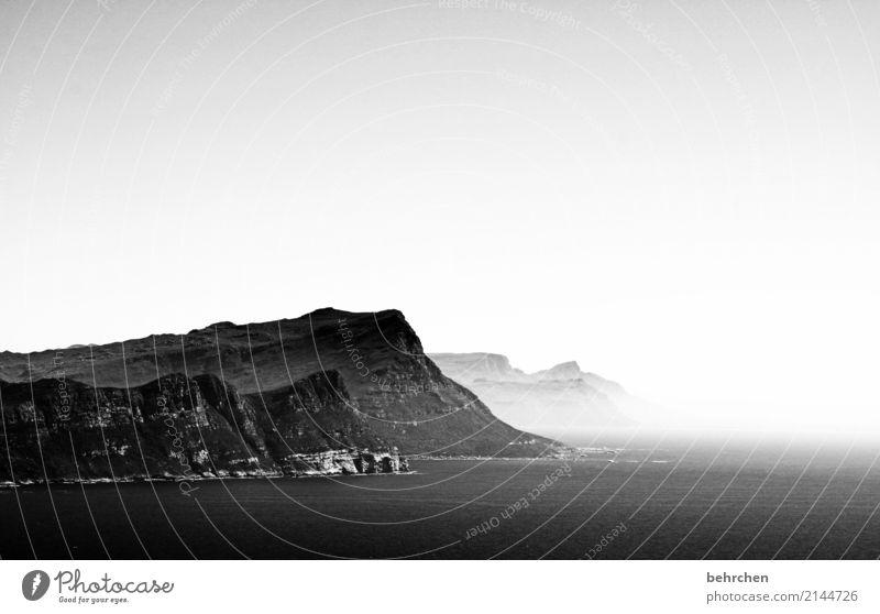 ton in ton | schwarz weiß Natur Ferien & Urlaub & Reisen Landschaft Meer Ferne Berge u. Gebirge Küste außergewöhnlich Tourismus Freiheit Ausflug träumen frei