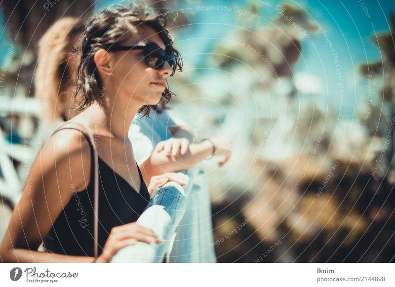 Urlaubstraum Mensch Ferien & Urlaub & Reisen Jugendliche Junge Frau Sommer schön Sonne Erholung ruhig Ferne 18-30 Jahre Erwachsene Leben Lifestyle Freiheit