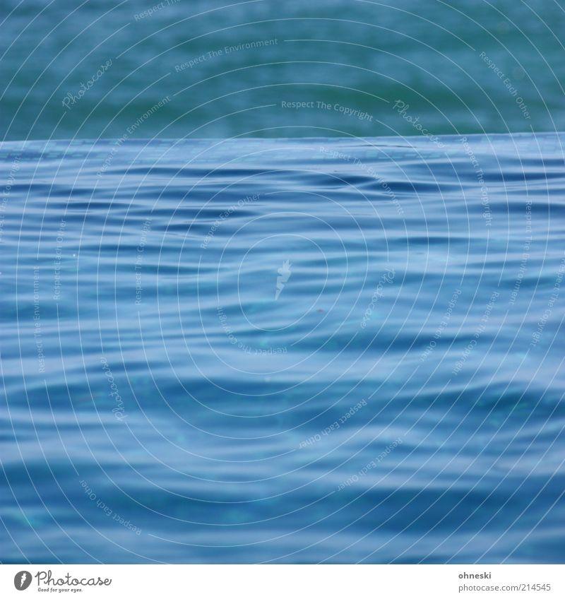 Wasser Meer blau Leben Wellen Energie Schwimmbad Urelemente