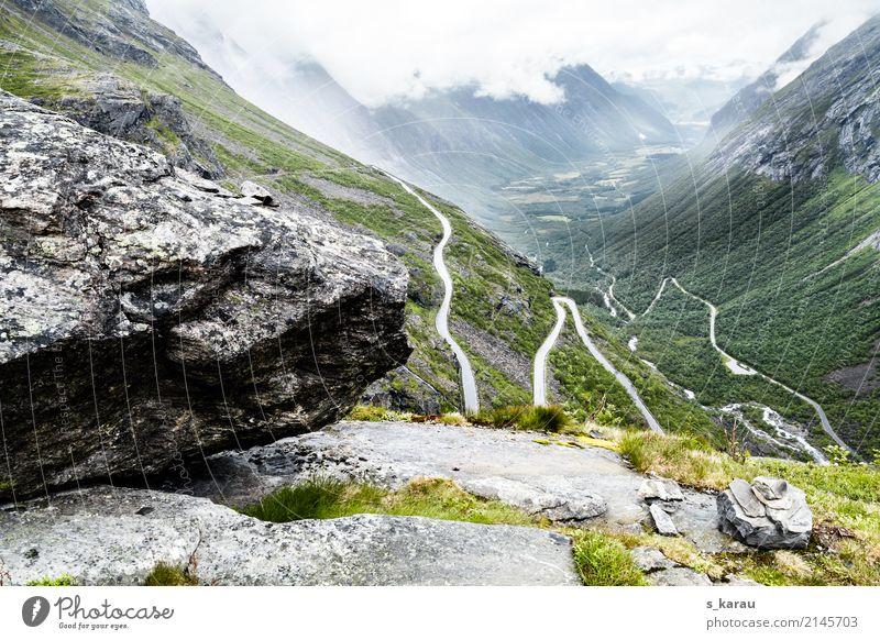Haarnadelkurven in Trollstigen Ferien & Urlaub & Reisen Abenteuer Freiheit Berge u. Gebirge wandern Natur Felsen Gipfel Norwegen Europa Menschenleer