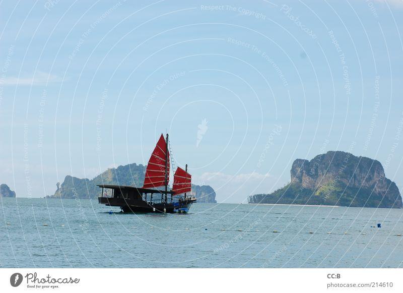 Romantik am Railay Beach im Süden von Thailand Natur Wasser blau rot Meer Ferien & Urlaub & Reisen Erholung Landschaft Wellen nass Horizont Abenteuer Insel