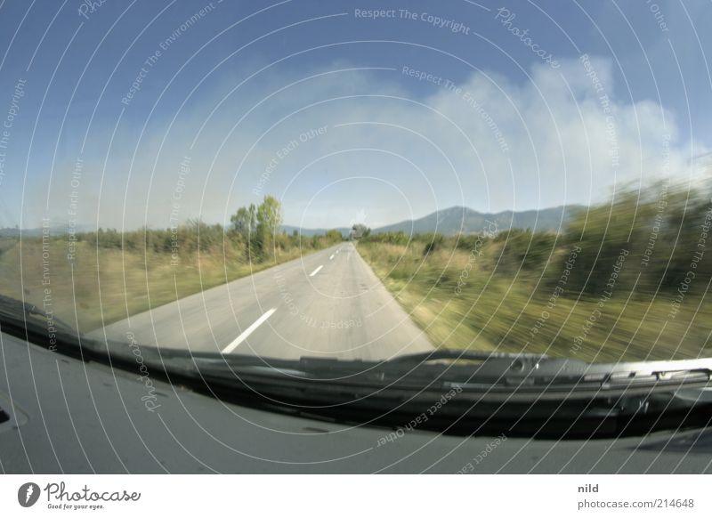 roadtripping Natur Sommer Ferien & Urlaub & Reisen Straße Freiheit Landschaft Umwelt PKW Linie Tourismus Geschwindigkeit Hügel Verkehrswege Schönes Wetter