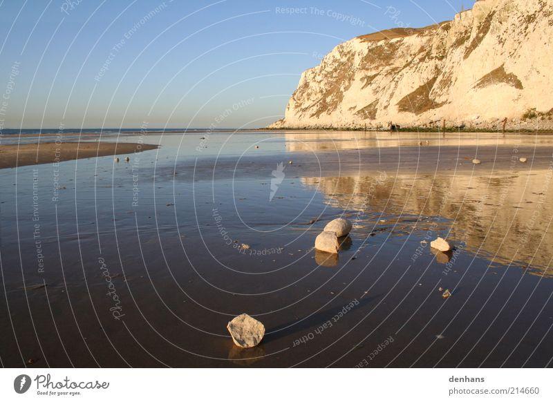 cap blanc nez Natur Wasser Meer blau Sommer Strand Ferien & Urlaub & Reisen ruhig Ferne Erholung Stein Wärme Sand Landschaft Zufriedenheit Küste