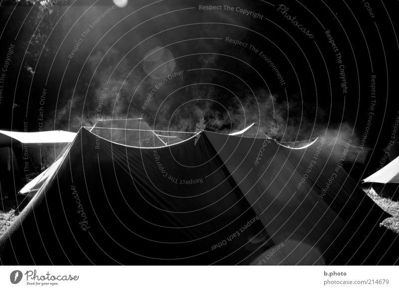 on fire? Natur Ferien & Urlaub & Reisen Sommer weiß ruhig schwarz außergewöhnlich Lifestyle Freizeit & Hobby leuchten Idylle Energie fantastisch Rauch Rauchen exotisch