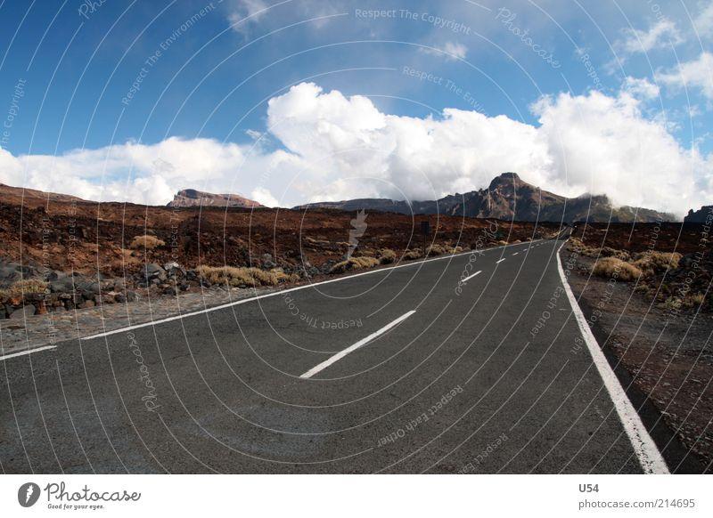 Asphalt bis zum Ende Sommer Wolken Ferne Straße Berge u. Gebirge Freiheit Wege & Pfade Landschaft Tourismus natürlich Blauer Himmel Dürre Vulkan Expedition