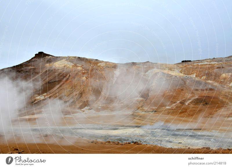 Von Grund auf hitzig Natur Wasser Landschaft Umwelt Berge u. Gebirge Wärme natürlich Sand Erde Wind Urelemente Gipfel Rauch heiß Island Vulkan