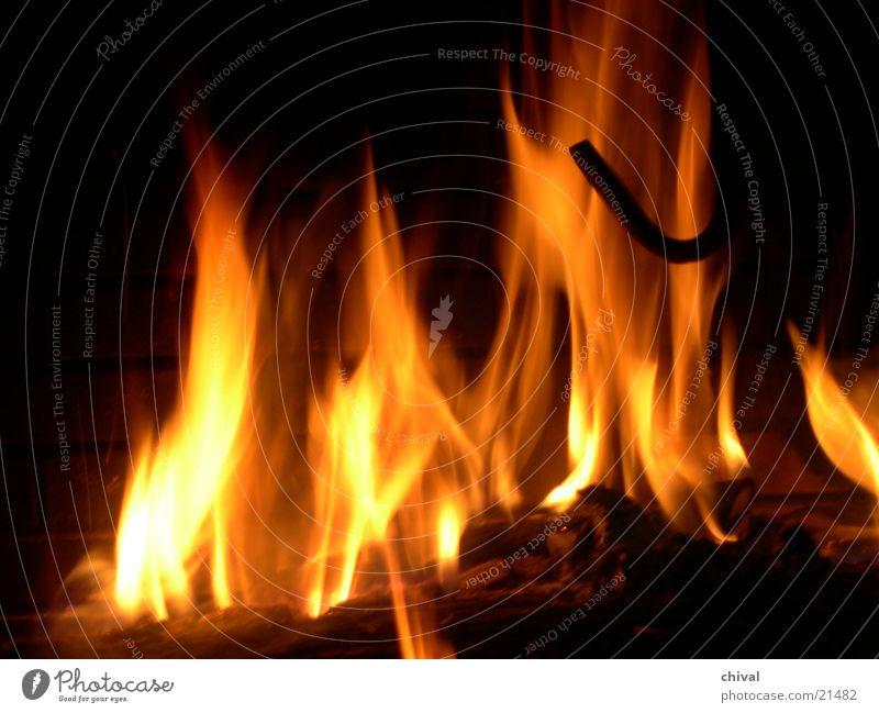 Kaminfeuer heiß Physik gemütlich brennen Freizeit & Hobby Brand Wärme Flamme hell Lampe