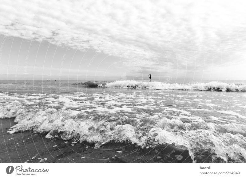 vOrhut Mensch Natur Wasser Ferien & Urlaub & Reisen Meer Wolken Ferne Stimmung Horizont Zufriedenheit Wellen Wind Freizeit & Hobby nass Tourismus stehen