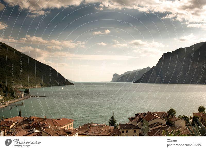Lieblingsplatzerl II Natur Wasser schön Himmel Stadt Sommer Ferien & Urlaub & Reisen ruhig Haus Wolken Ferne dunkel Erholung Berge u. Gebirge See Landschaft