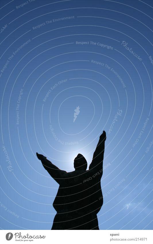 Welcome. Arme 1 Mensch Skulptur Sonne Sonnenlicht Sommer Sehenswürdigkeit ästhetisch außergewöhnlich gigantisch groß nachhaltig positiv blau schwarz Ehre