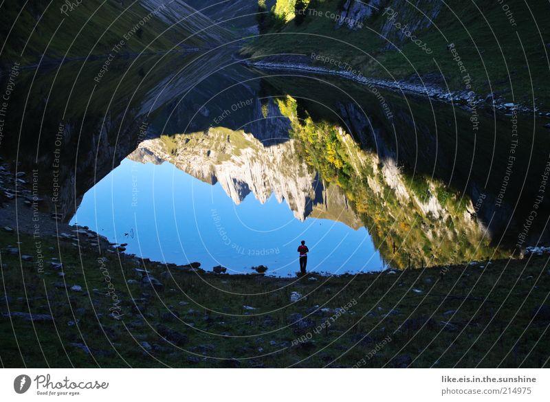 retos welt steht kopf :) Ferien & Urlaub & Reisen Ausflug Ferne Freiheit Sommer Sommerurlaub Berge u. Gebirge wandern maskulin 1 Mensch Natur Landschaft Wasser