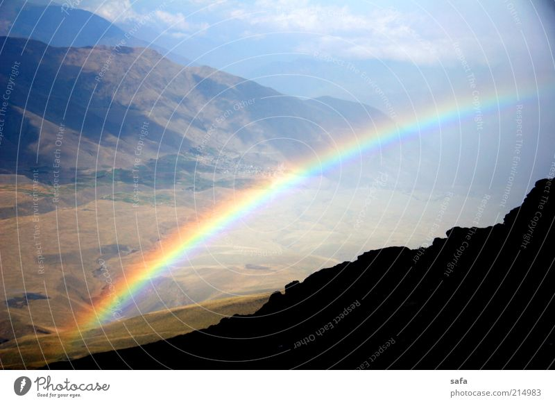 Natur schön Himmel blau Sommer schwarz Wolken Berge u. Gebirge Regen Landschaft hell braun nass Felsen hoch frisch