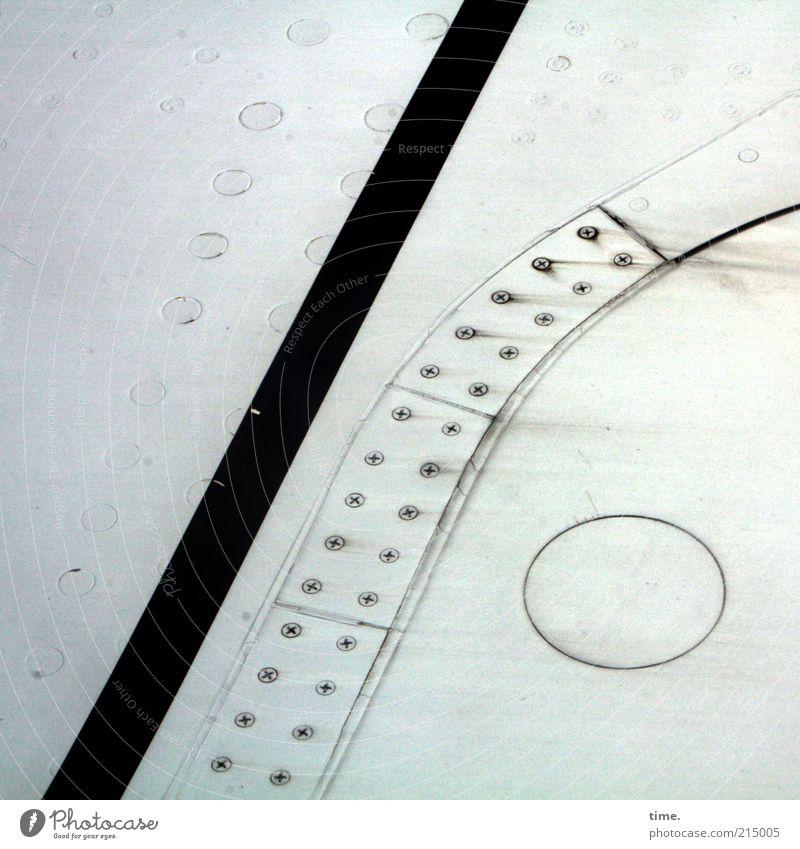 Garantieklausel Verkehrsmittel Flugzeug Metall Streifen alt grau Tragfläche Befestigung Niete Kreis Metallwaren Blech Zweck Funktion Material parallel