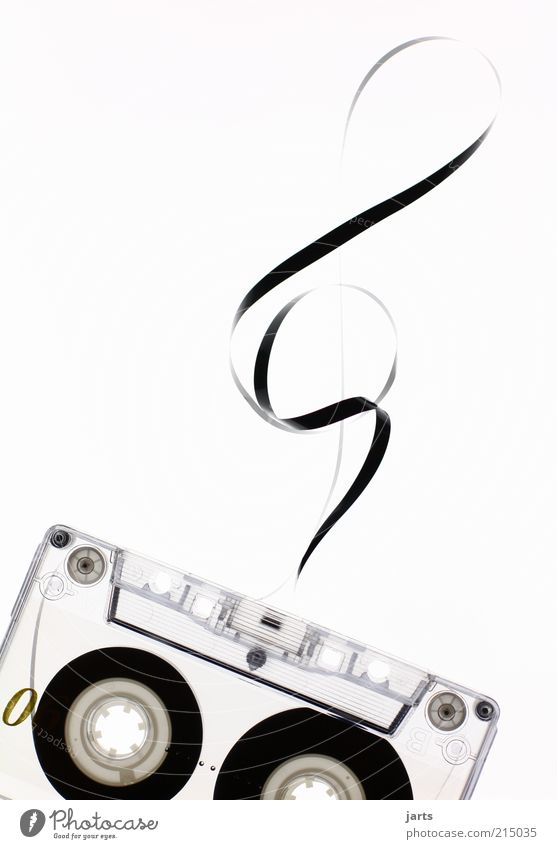 Musik Musik Design retro Medien Klang Musiknoten Musikkassette Tonträger Textfreiraum links Technik & Technologie Tontechnik Notenschlüssel