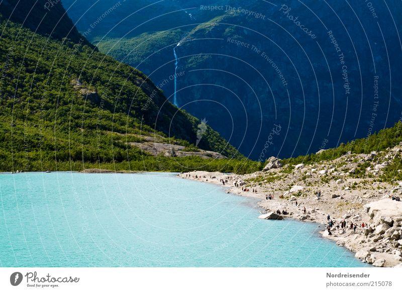 Ameisenstraße Mensch Natur Sommer Ferien & Urlaub & Reisen Berge u. Gebirge See Landschaft Ausflug Lifestyle Perspektive Tourismus natürlich türkis Seeufer