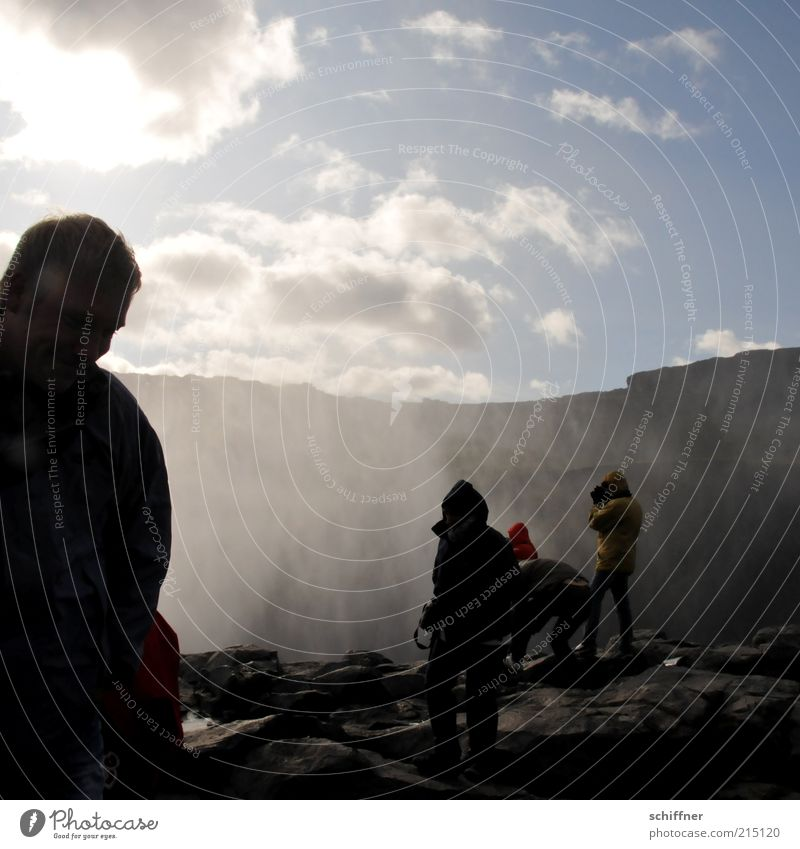 Dett isn Mist! Mensch Ferien & Urlaub & Reisen schön Wasser Wolken kalt Berge u. Gebirge Gefühle Stein Stimmung Menschengruppe Felsen Luft Kraft Wind Wassertropfen