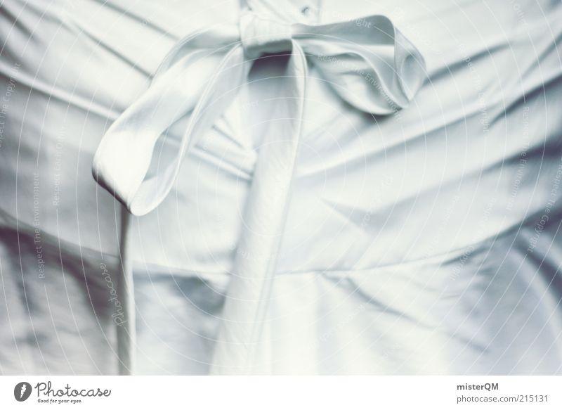 Schon ein Kleid? weiß Kunst elegant ästhetisch Dekoration & Verzierung Stoff Kleid Kultur rein geheimnisvoll Leichtigkeit Schleife Bündel Brautkleid Textfreiraum links Feste & Feiern