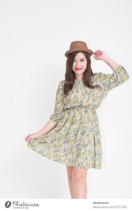 Schöne junge asiatische Frau mit Weinlese Ferien & Urlaub & Reisen alt blau Sommer schön Erwachsene Lifestyle Stil Glück Mode retro elegant