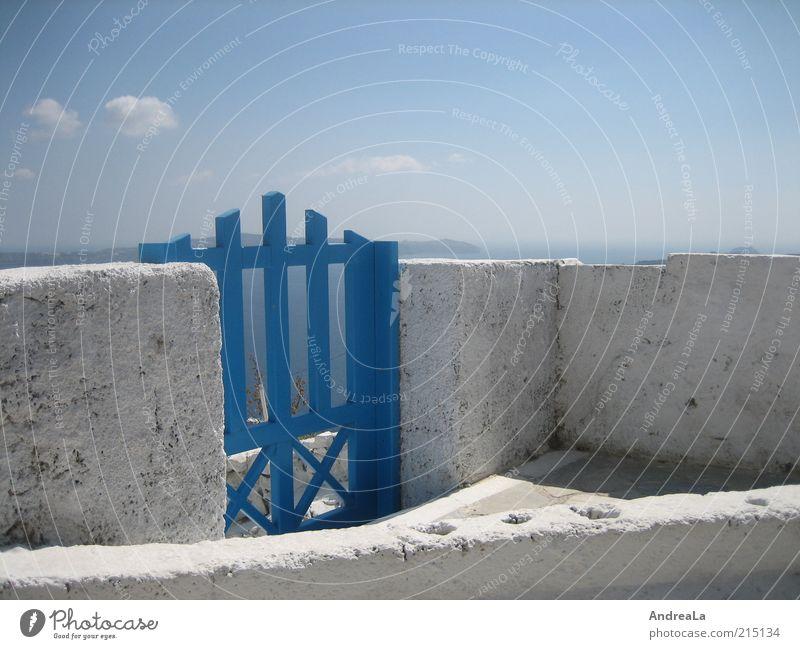 Tor ins Weite Himmel weiß Meer blau Sommer Ferne Wand Freiheit Mauer Horizont Fernweh himmelblau Gebäude Santorin