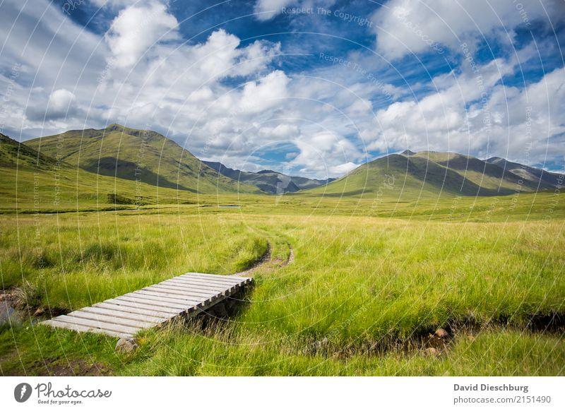 Schottische Highlands Himmel Natur Ferien & Urlaub & Reisen blau Sommer grün weiß Landschaft Erholung Wolken ruhig Berge u. Gebirge Frühling Wiese Wege & Pfade