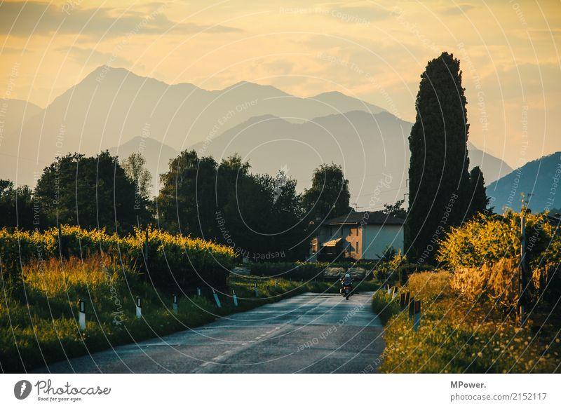 südlich der alpen Freizeit & Hobby Ferien & Urlaub & Reisen Tourismus Ausflug Abenteuer Ferne Freiheit Sommer Berge u. Gebirge Mensch Landschaft Sonnenaufgang