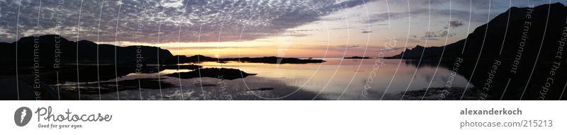 Midnightsun Natur Landschaft Wasser Himmel Wolken Sonnenaufgang Sonnenuntergang Küste Fjord Meer Blick ruhig mehrfarbig Außenaufnahme Menschenleer Abend Nacht