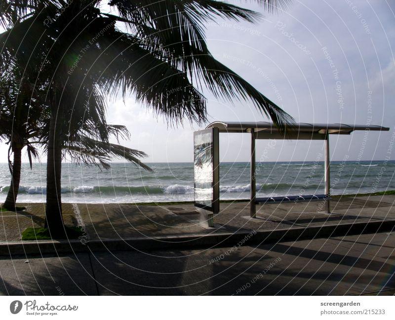 Wohin geht die Reise? Wasser Meer Sommer Ferien & Urlaub & Reisen Ferne Straße Metall Wellen Glas Wind Umwelt Ausflug leer Insel Sauberkeit
