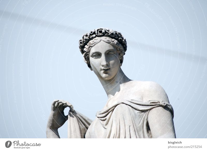 Lady Mensch Hand Jugendliche schön Himmel weiß blau feminin Kopf Stein Erwachsene elegant Europa Italien Statue Skulptur